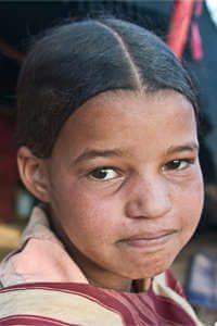 aider jeune touaregue